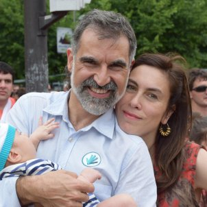Spanish prosecutors favour granting Cuixart permission to attend his son's birth