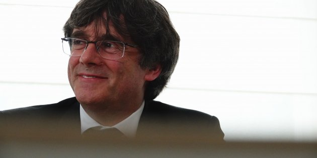 "Puigdemont: ""If Pedro Sánchez sends an interlocutor, he'll find the door open"""