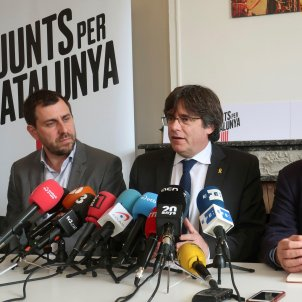Supreme Court sees Puigdemont as 'eligible' but hands decision back to lower court