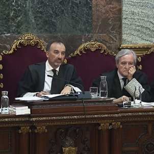 Incident in the Catalan independence trial, police identify three members of the public