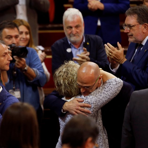 A prisoner and a returned exile in the Spanish Senate