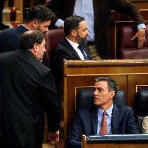 "Storm over Junqueras' ""we need to talk"" to Sánchez"