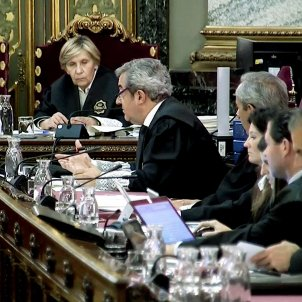 Supreme Court prosecutors accuse Catalan prisoners of a coup d'état