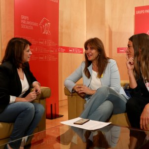 PSOE now also opening talks with Catalonia's JxCat on new Spanish government