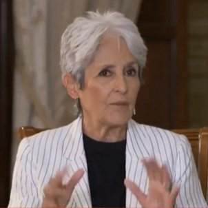 """Folk singer Joan Baez: """"It's clear that there is injustice in Catalonia"""""""