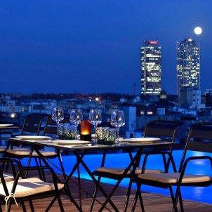 terraza vista barcelona   ghotelcentral instagram
