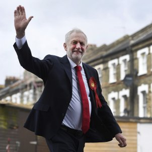 "Corbyn brings ridicule on Sánchez: ""Westminster should not block a Scottish referendum"""