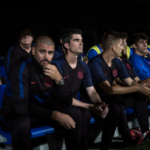 Barça fires club legend Valdés as Youth A coach after three months