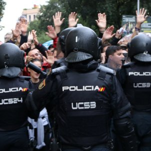 More Spanish police investigated for use of force against Catalan referendum