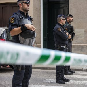 Catalan Parliament calls for Civil Guard to withdraw from Catalonia