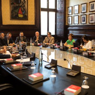 Spanish government asks Constitutional Court to look at Catalan Parliament's Bureau