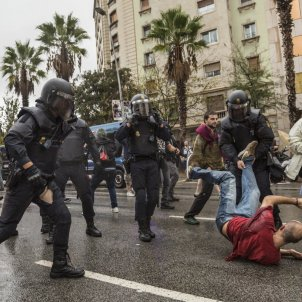 Spanish police, judges, politicians reported to the Hague over 2017 Catalan referendum