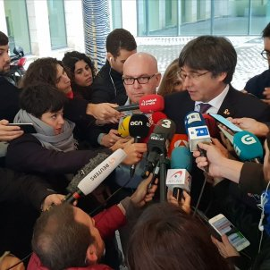 Belgian judge leaves Carles Puigdemont free without bail