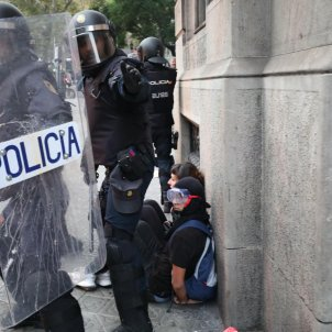 "Arrested Catalan protesters on police: ""Blood was flying, staining the walls"""