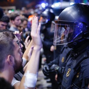 "VIDEO | 'Le Monde' examines the ""growing tensions"" in Catalonia since October 14th"