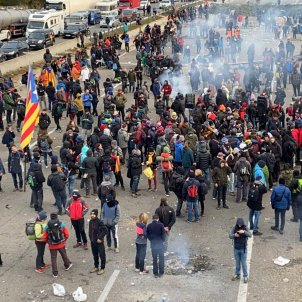"Tsunami Democràtic celebrates protests ""isolating Spain from Europe"""