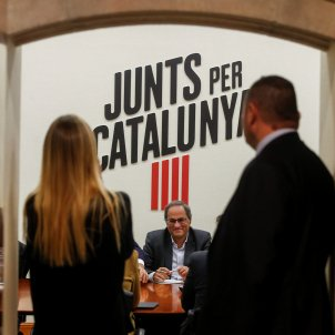 JxCat urges Sánchez to allow Puigdemont and international mediator to join talks