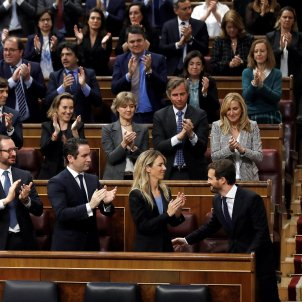 Investing a Spanish prime minister: tension, shouts, insults and a far-right demonstration