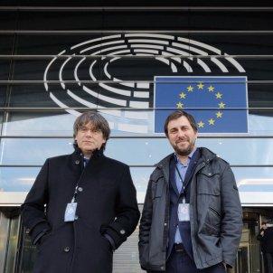Puigdemont and Comín get definitive European Parliament passes