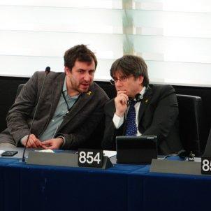 Prosecutors ask Spanish Supreme Court to confirm arrest warrant against Puigdemont