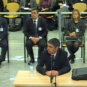 Ex-Catalan police chief has to correct prosecutor's Catalan translation during trial