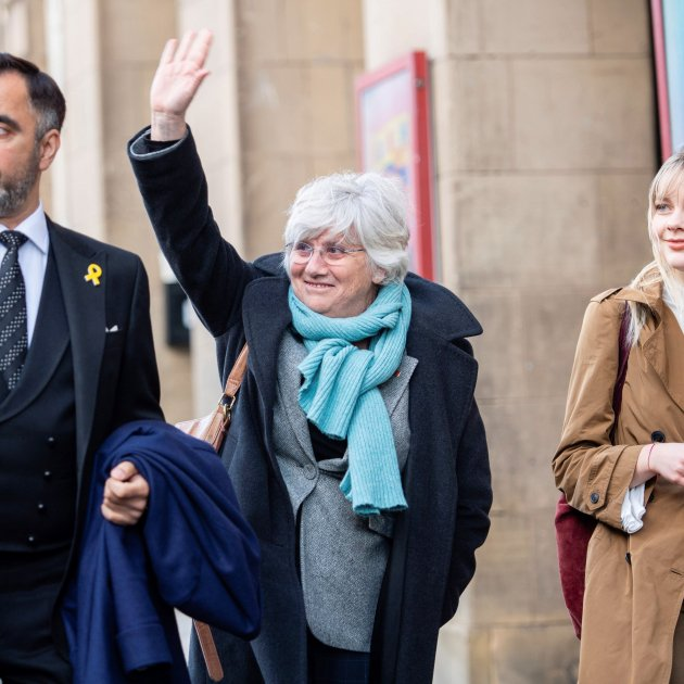 Clara Ponsatí's extradition hearing set for May, but she could become an MEP first