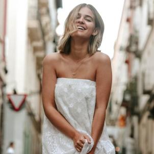 Laura Escanes vestit blanc  instagram