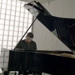 Messi Adidas Piano