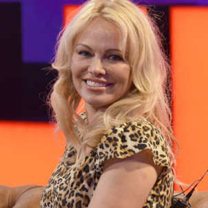 Pamela Anderson  cuatro