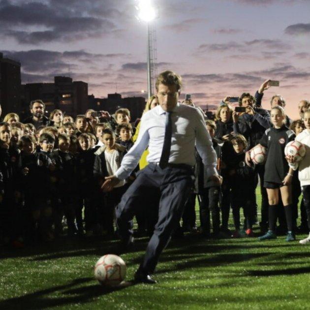 José Luis Martínez Almeida inauguració camp futbol Europa Press