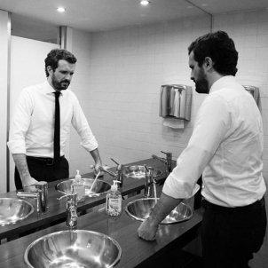 pablo casado al wc instagram