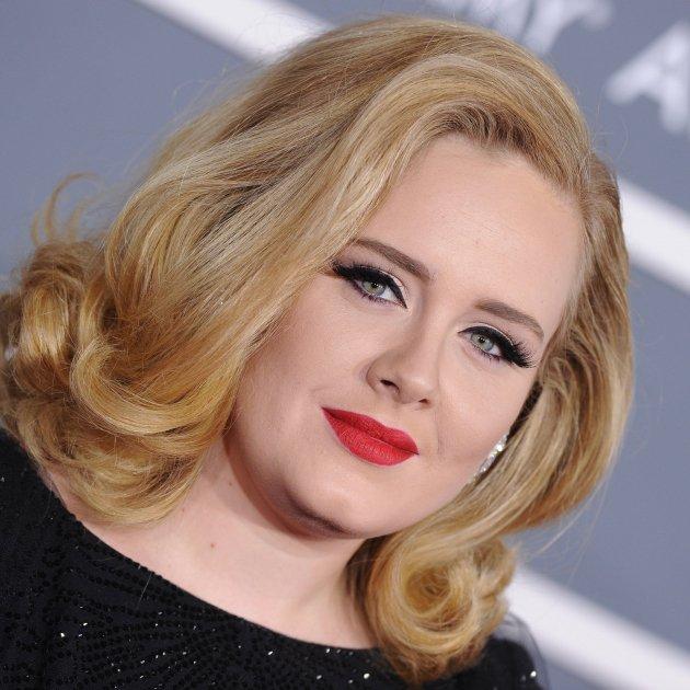 cantant Adele primer pla GTRES