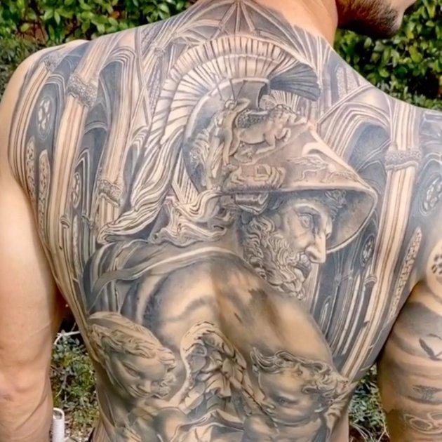 Tatuatge esquena Marc Bartra @marcbartra