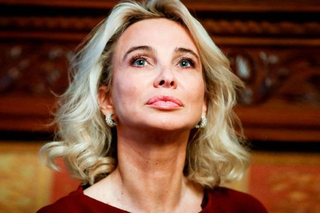 "Corinna señala a Felipe en la TV vasca: ""Casa Real me ha enviado ..."