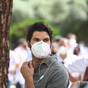 Cayetano Rivera mascareta manifestació EFE