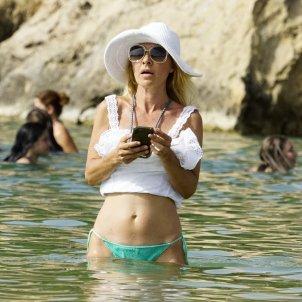 Cayetana Guillen Cuervo platja telèfon mòbil GTRES