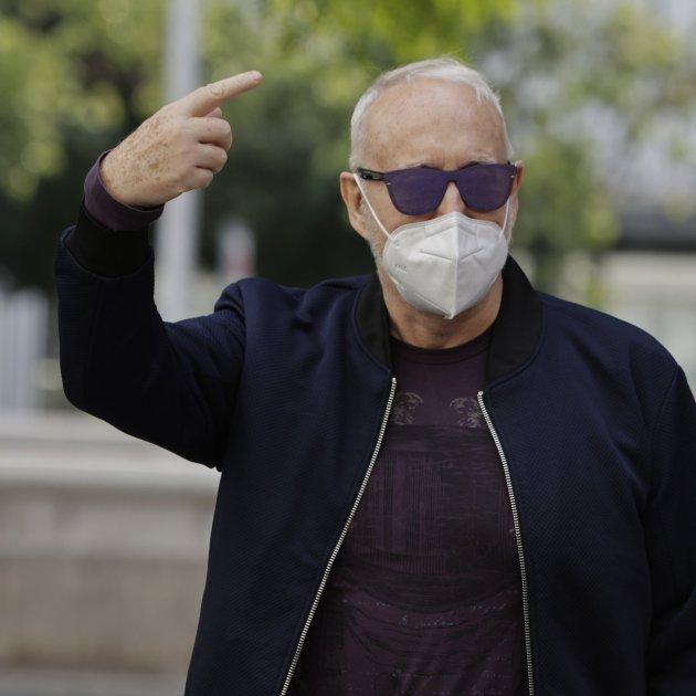 Josep Maria Mainat fa gest a la sortida del jutjat GTRES
