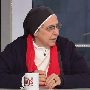 Sor Lucia Caram escolta monòleg a FAQS TV3