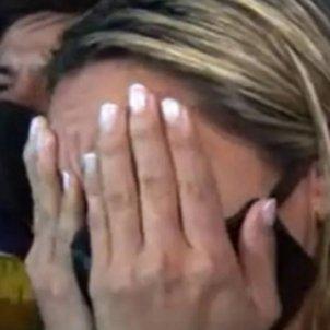 novia maradona plorant