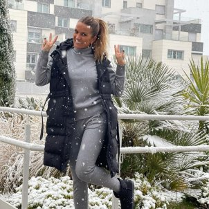 Marta López bajo la nieve @martalopeztv