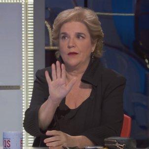Pilar Rahola gesto con la mano en FAQS TV3