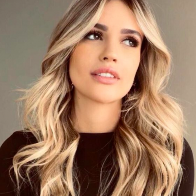 Rebecca Lima, Instagram