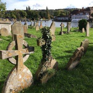 cementiri   pixabay
