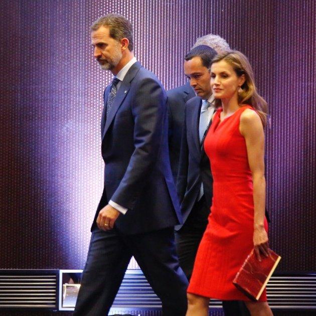 Rei Felipe VI Reina Letizia becas Fundacio la Caixa - Sergi Alcazar