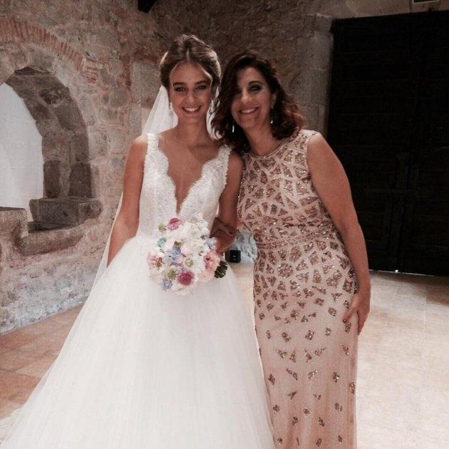 vestido de boda de laura escanes – vestidos de fiesta