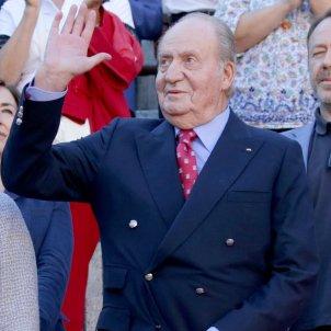 Rei Joan Carles saludant  GTRES