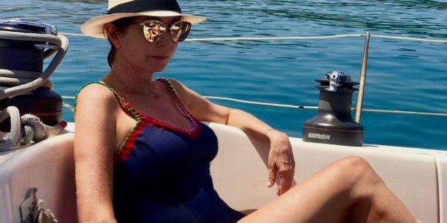 c62e2bb196e6 Ana Rosa no troba a faltar la tele: vacances al iot entre dofins