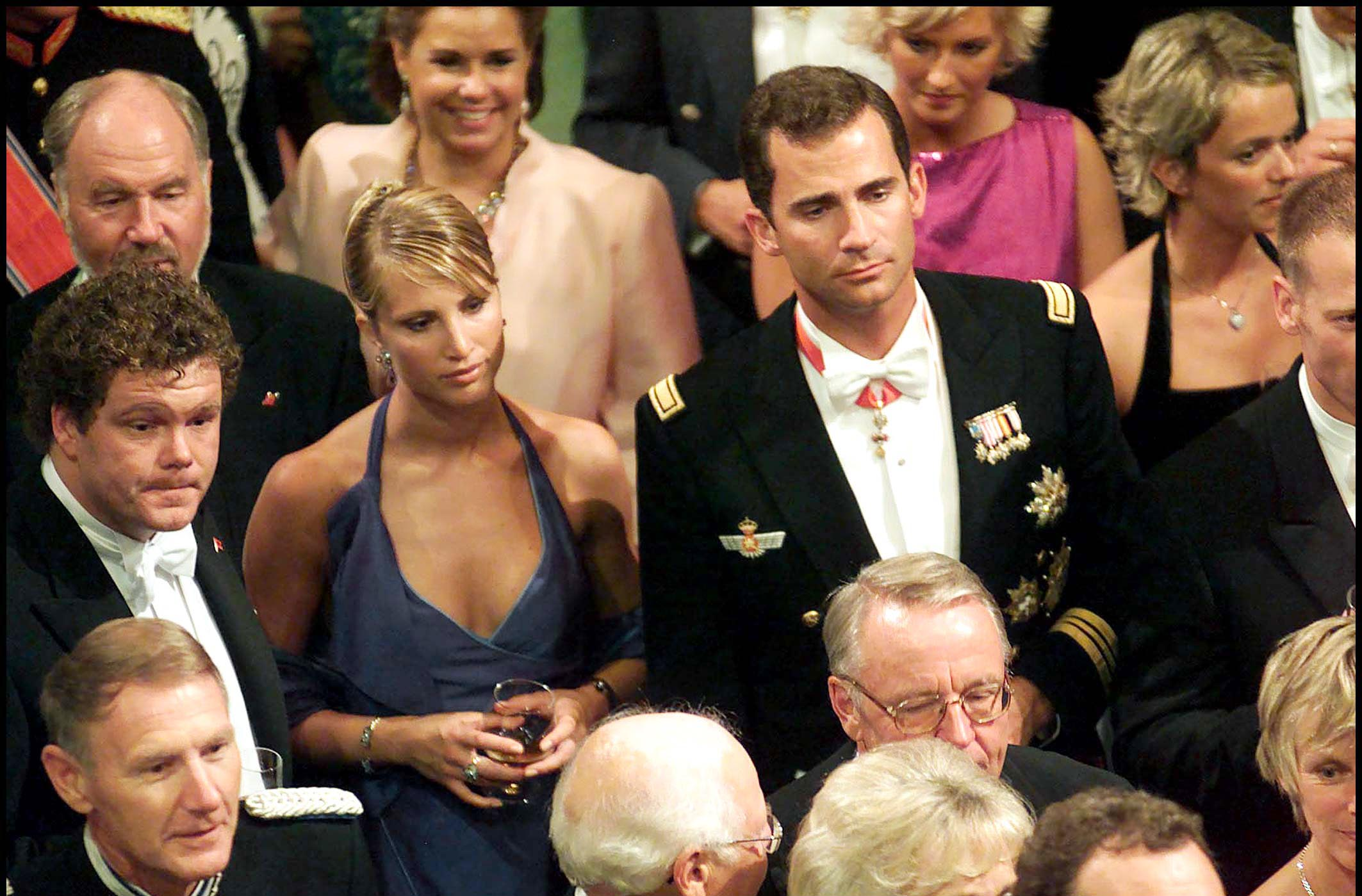 ¿Cuánto mide el Rey Felipe VI? - Altura - Real height Eva-sannum-felipe-gtres