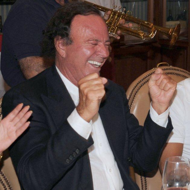 Julio Iglesias riu  GTRES