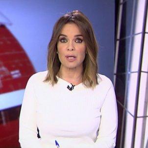 carme chaparro presentant noticias cuatro